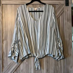 Tops - NWOT black and white striped blouse